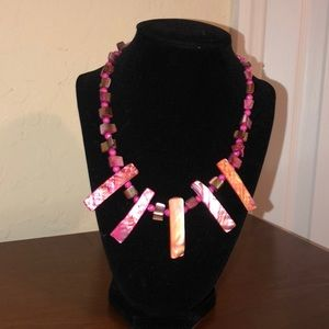 Marbled pink necklace